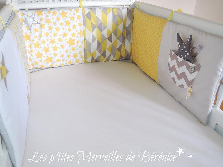 """Tour de lit """"motifs géométriques"""" gris jaune blanc"""