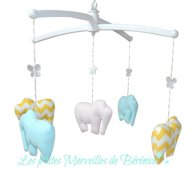 """Mon Joli mobile musical """"La ronde des éléphants"""""""