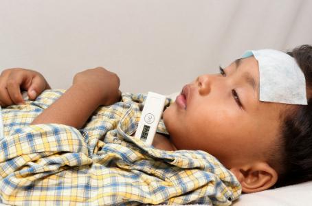 Febre no bebê ou criança: saiba o que fazer
