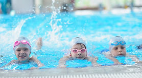 1408-–-ARTICLE-La-natation-un-sport-comp