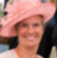 Sif med hat_edited.jpg