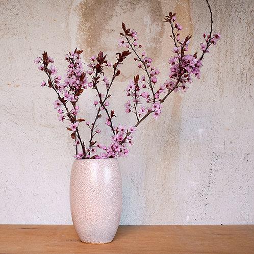 Růžová váza