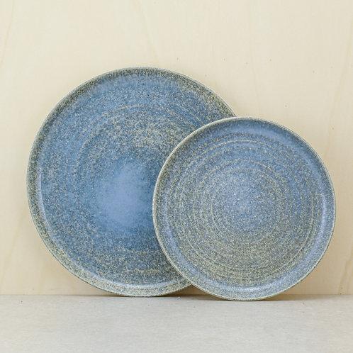 Talíř jídelní sky grey (šedomodrý)
