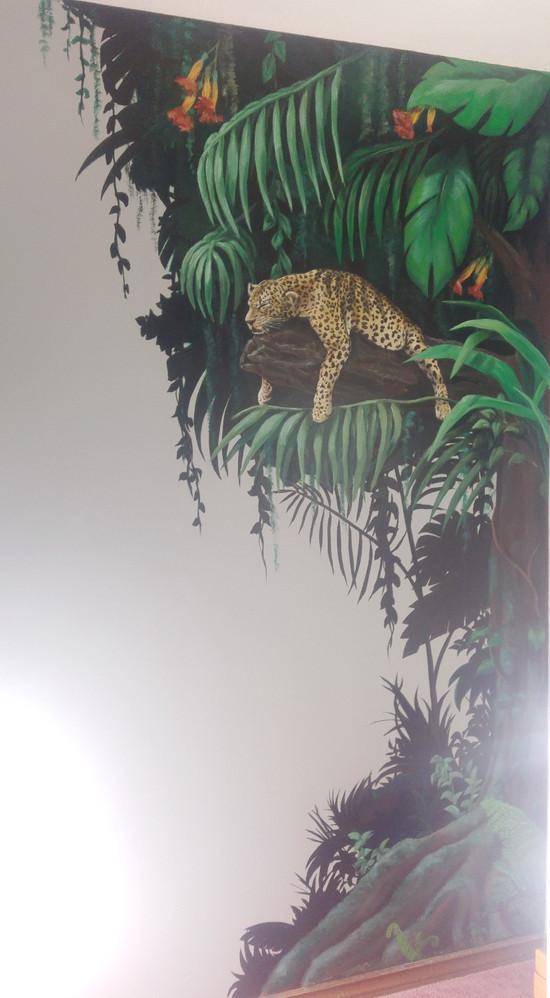 Jungle Mural (Image 1)