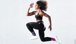 santia running form