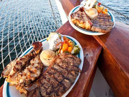 fe68bc0171d9eab9a6fadb571120c06a-columbus-lobster-dinner-cruise-romance-tour-cancun-1YDO.jpg