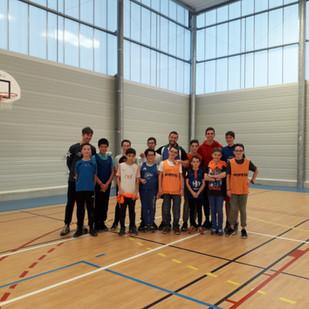 Initiation d'Ultimate Frisbee à Châteauneuf-sur-Sarthe