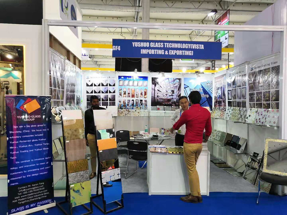 Customers came from all over india to get the latest innovations in glass.
