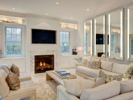 Decoration Tips: Adding a mirror to your living room