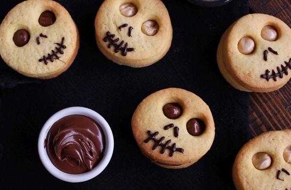 31368-biscotti-farciti-di-halloween_edited.jpg