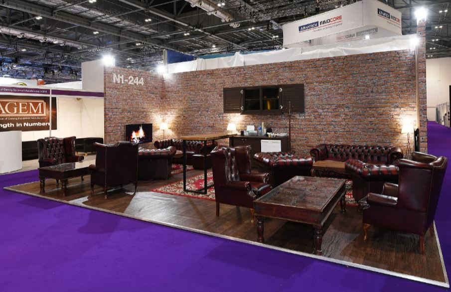 A welcoming trade show stand design