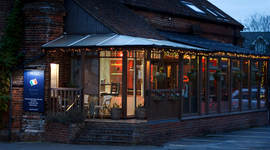 enzee restaurant exterior