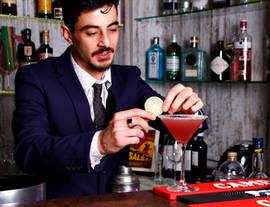 serving cocktails at enzee brockenhurst