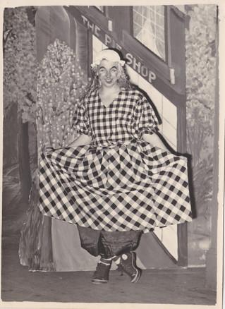 1958 Old Women (12).jpg