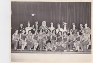 1958 Old Women (4).jpg