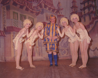1986 Aladdin (7).jpg