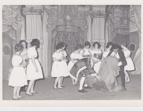 1956 (9).jpg