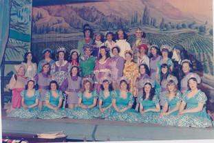 1975 Old Women (22).jpg