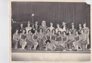 1958 Old Women (6).jpg