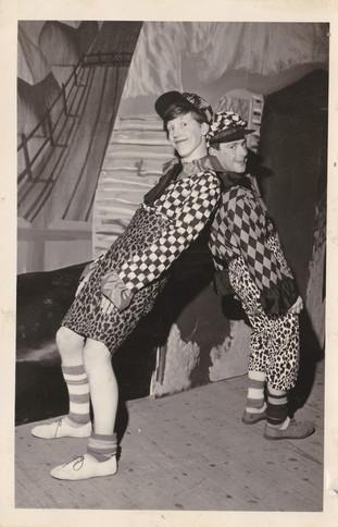 1965 Old Women (23).jpg