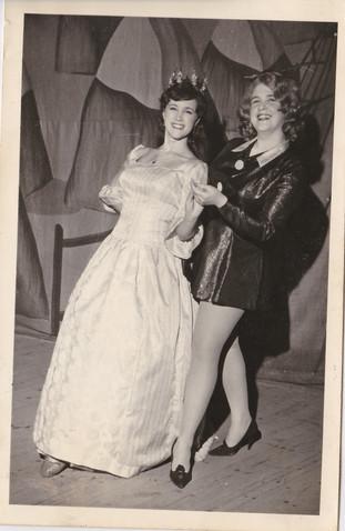 1965 Old Women (41).jpg