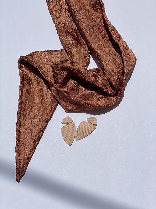 Crème Dangle Earring