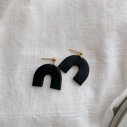 Mini Arch Earrring