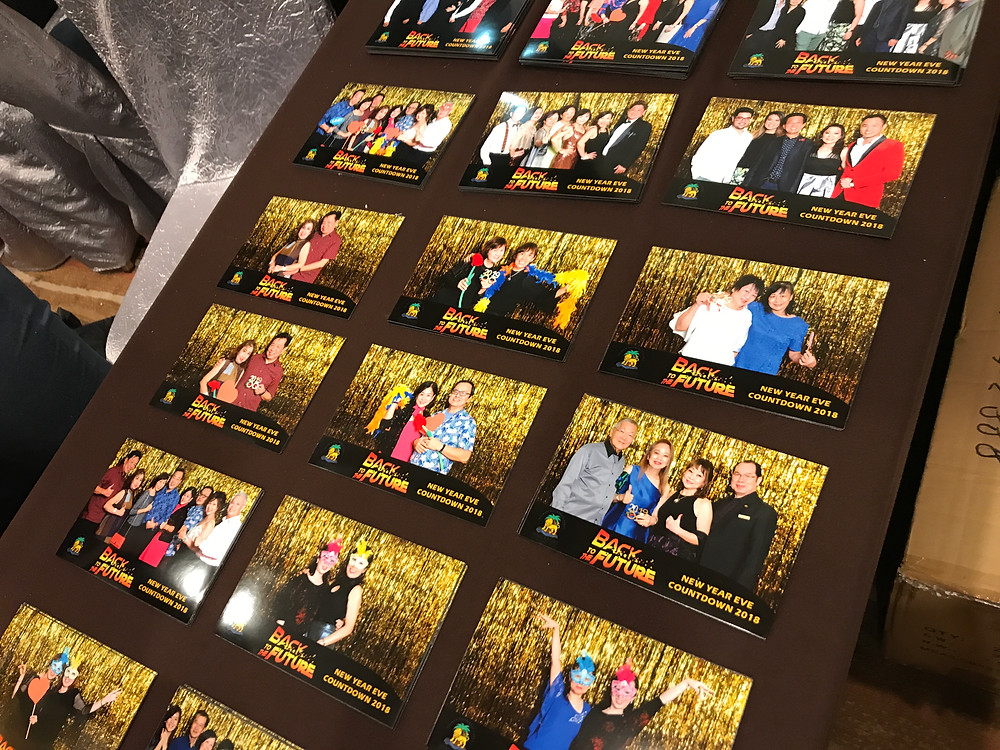 high quality 4r photo print in gold backdrop