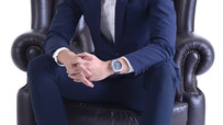 7 Top Poses For Man To Stand Out In The Corporate Industry