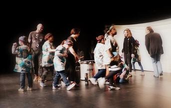 Les enfants de l'IME de Villeneuve d'Ascq sur la scène