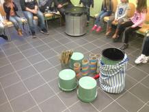 Atelier scolaire autour des percussions et du recyclage