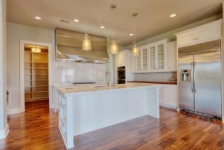 09.kitchen.jpg