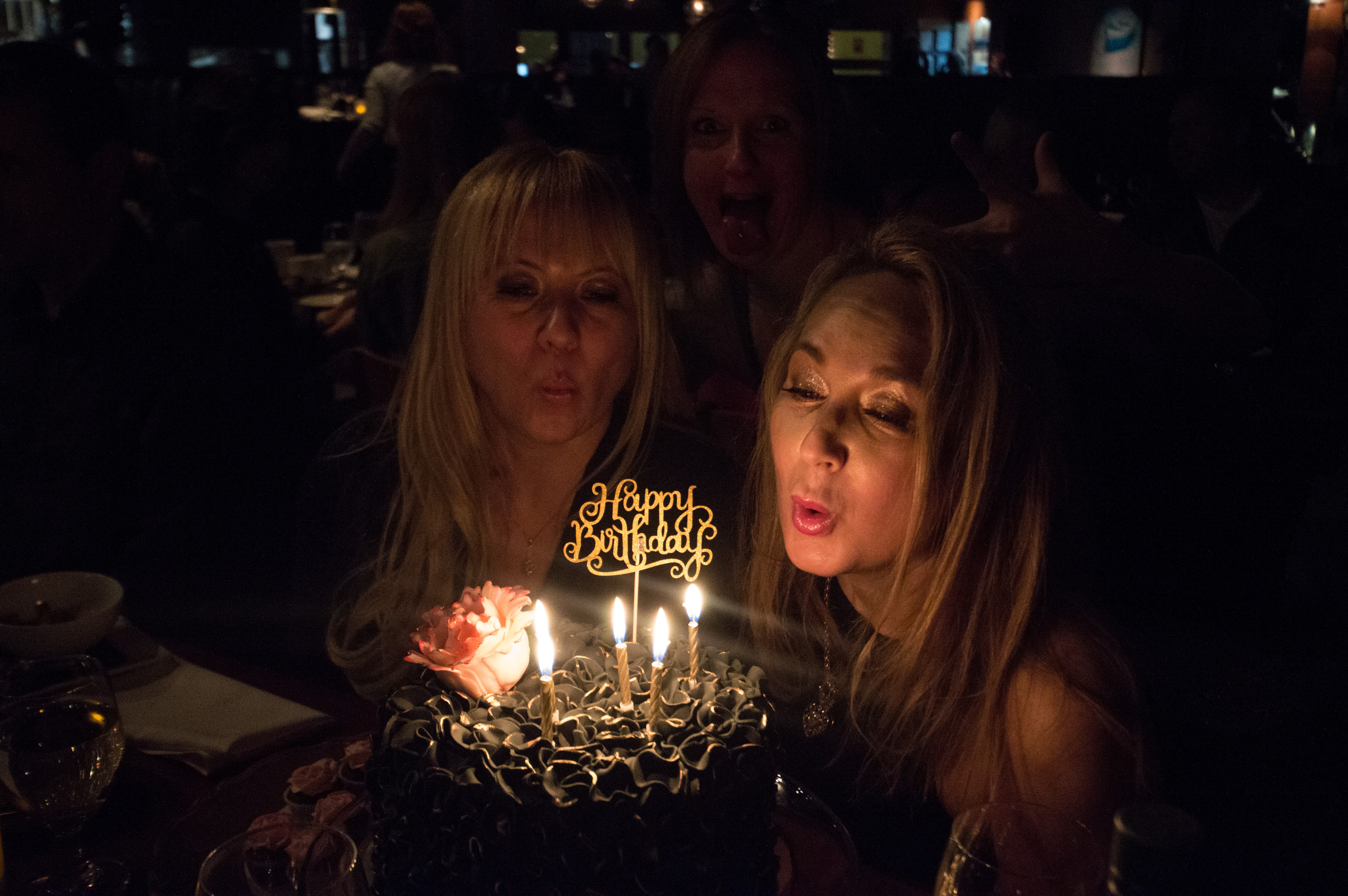 Blowing_out_the_candles[1]