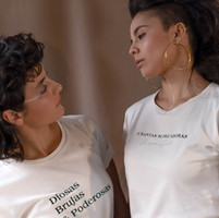 Camiseta - Diosas, Brujas & Poderosas & Ni santas Ni pecadoras