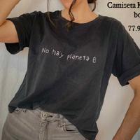 Camiseta Kapuy bordada negra