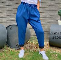 Pantalón facético azul