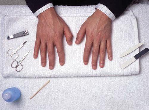 Men Classic Manicure