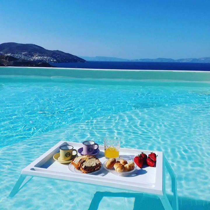 Syros Holiday 1!