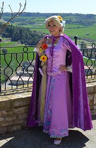 Animaciones Infantiles Temáticas Rapunzel (Enredados) en Barcelona. Princesas Disney cantantes. Festes Infantils.