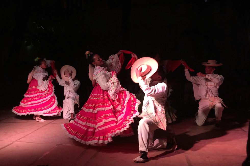 Dancing in La Habana