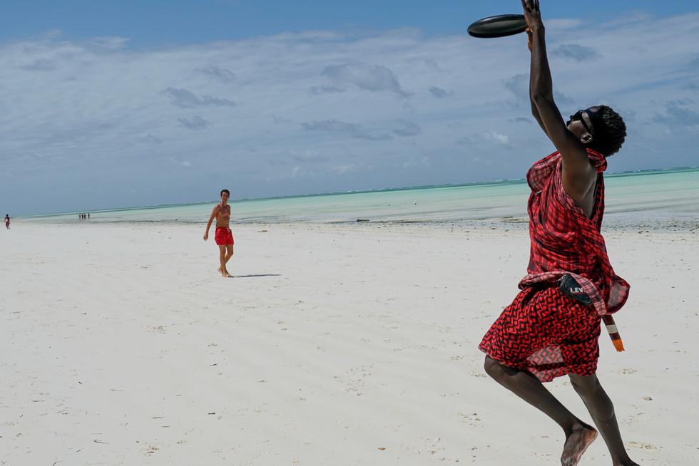 Maasai Frisbee Jump