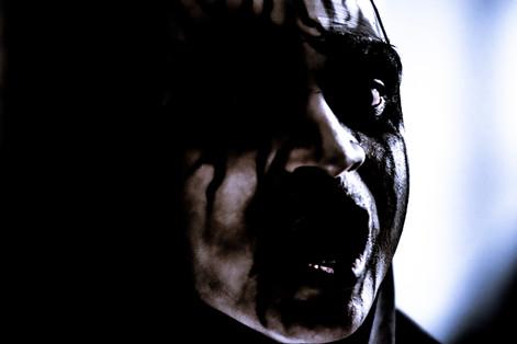 Story 16 Loris Haunted Farmhouse15.jpg