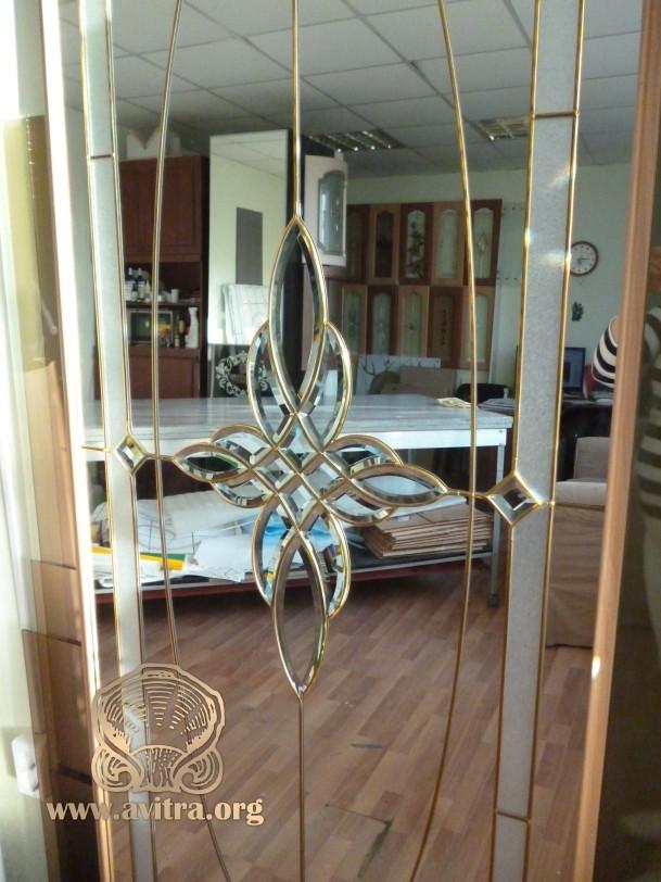 Изготовление витражей на зеркалах для шкафов купе в екатеринбурге