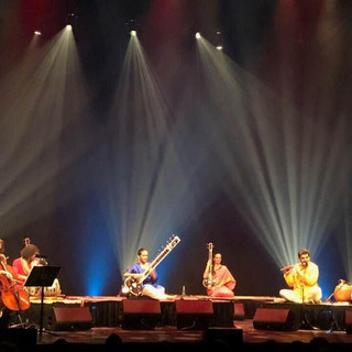 Accompanying Anoushka Shankar on tanpoura at Monument Nationale, Montreal.