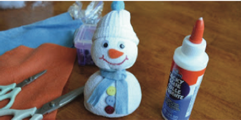 Holiday Art : Sock Snowman
