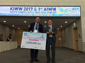 The Excellent Award of the World Water Challenge 2017 went to the Dr. Urine Research Team!