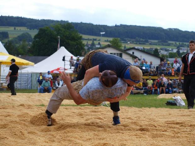 Aarg_Kantonalschwingfest_2011 (2).jpg