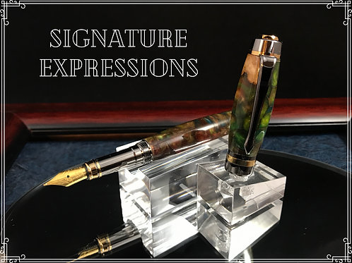 Green and Gold honeycomb encased fountain pen