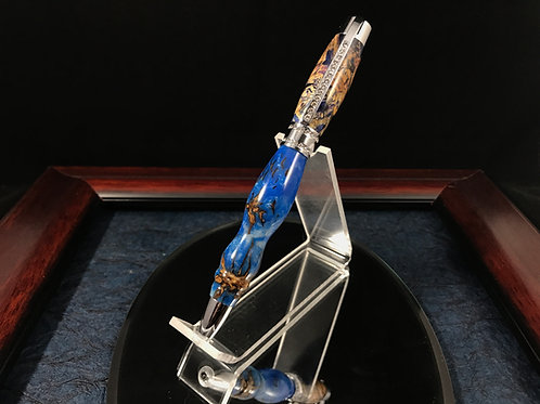 Blue Pinecone and Boxelder princess pen