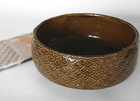 Fish scale/Wave pattern Bowl